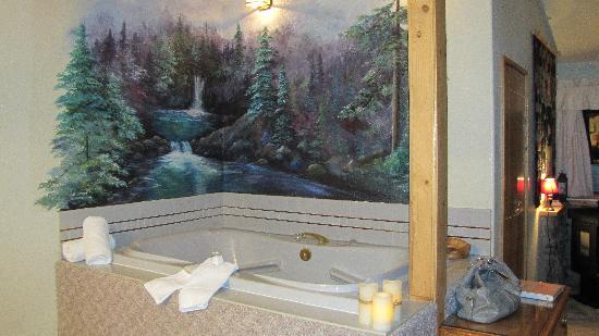 Pine River Ranch: Jacuzzi tub - beautiful!