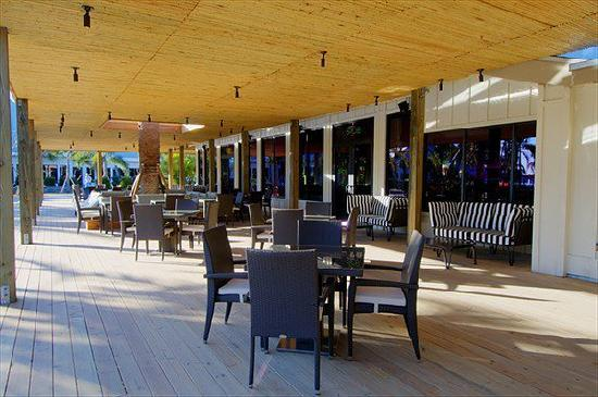 Club Med Sandpiper Bay: A picture of our Slice Bar & Lounge