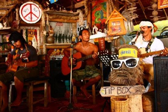 Kantiang Bay View Resort: Le Why Not Band, au Why Not Bar