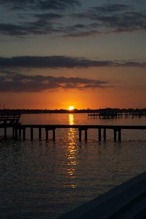 Palmetto Riverside Bed and Breakfast : Amazing Sunsets