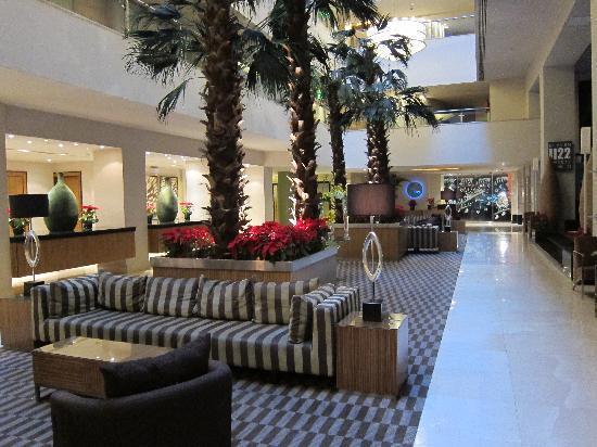 Radisson Blu Hotel, Cairo Heliopolis: lobby