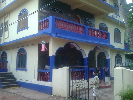 Prakash Pvt. Rooms