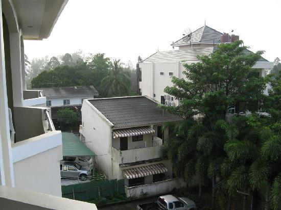 Krabi Golden Hill Hotel: Aussicht vom Balkon