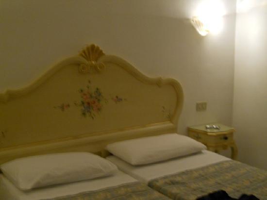 Hotel Guerrini : chambre