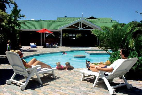 Pine Lodge Resort & Conference Centre: Relax around our sparkling pool.