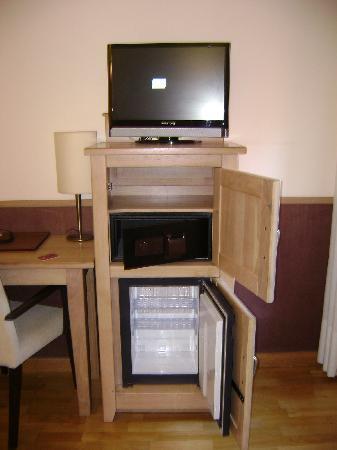 Hotel A Boira - TV,mini-safe,mini-bar