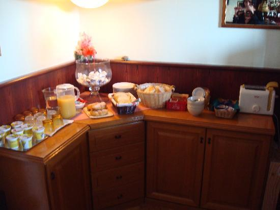 Albergo Garisenda: Breakfast bufffet