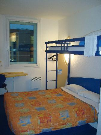 Ibis Budget Roissy CDG Paris Nord 2: Bedroom