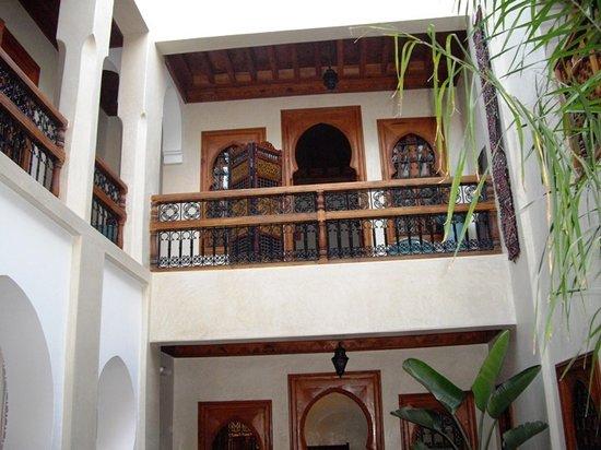 رياض دبي: Interieur