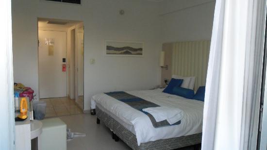 Vrissiana Beach Hotel: Room