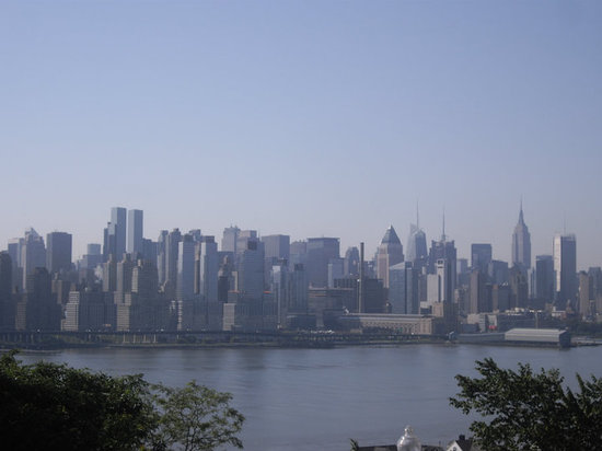 Weehawken, NJ: View from 69th Street, Boulevard East, NJ.