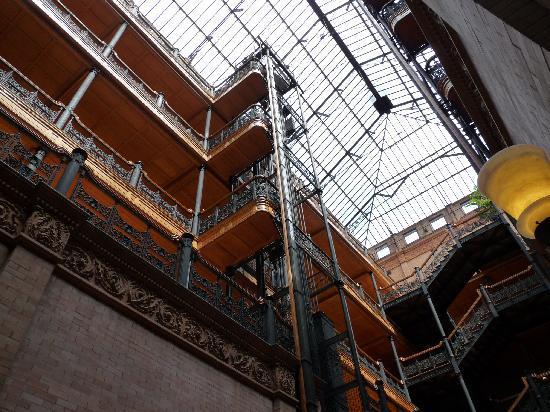 Bradbury Building: Inner view 2