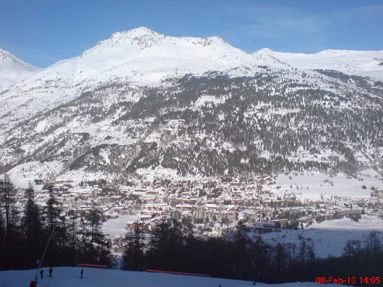 Serre Chevalier Vallée: Views from green run