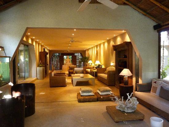 Hotel Jashita: Foyer