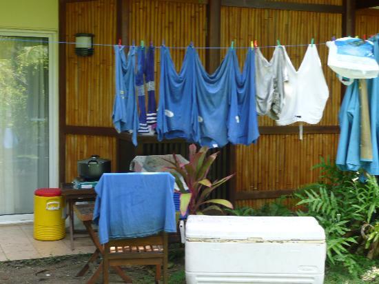 Bora Bora Beach Resort : chambre extérieure