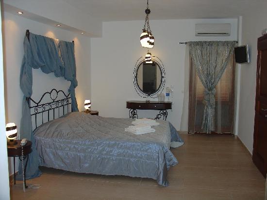 Chez Sophie Rooms & Suites: chez sophie suite