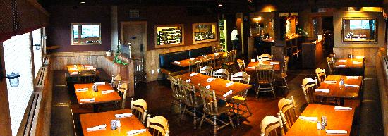 Randi's Irish Grill & Pub: Randi's main Dining Room