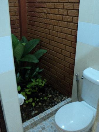 Tanamas House: Nice bathroom