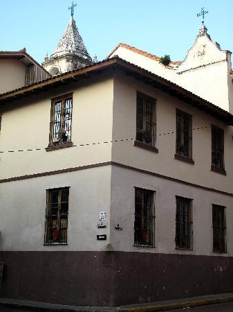 Sendero Panama Tours: French quarters