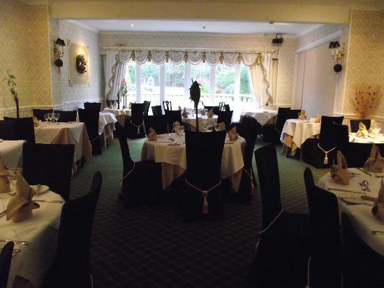 Maenan Abbey Hotel: Dining room