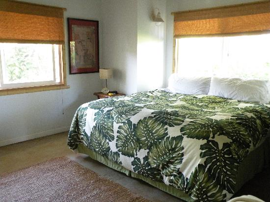17 Palms Kauai: this mattress is better than ours!