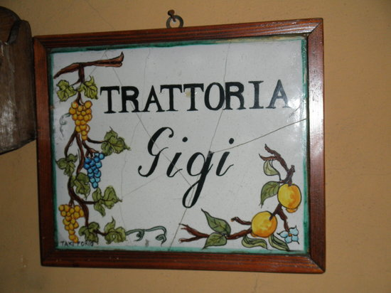 Trattoria Gigi Di Lippi Luciano: Look for this plaque and you're there!