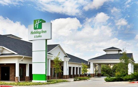 Photo of Holiday Inn Hotel & Suites Denton University Area