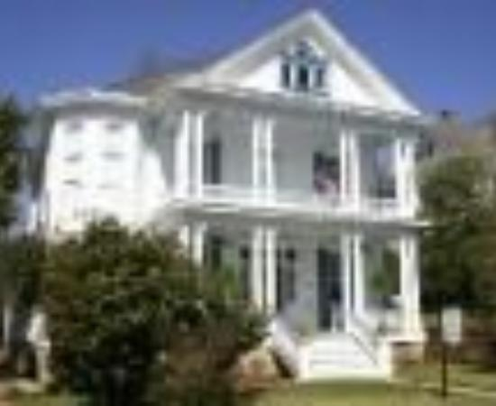 Bisland House Bed and Breakfast Thumbnail