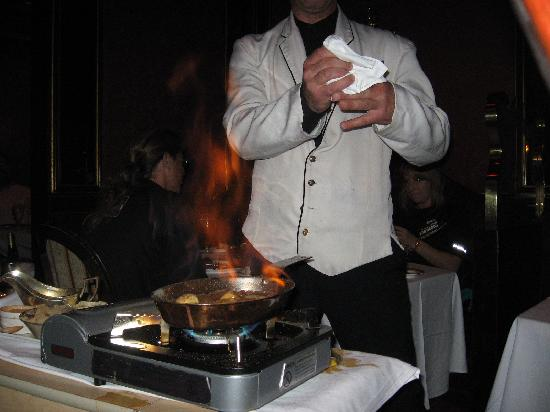 Steakhouse at Bill's: Bananas Foster