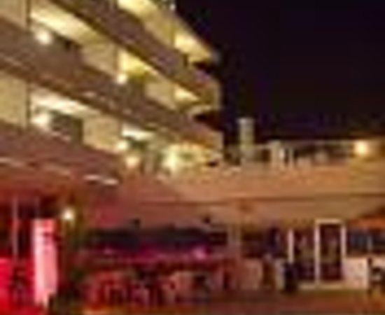 Empress Hotel Thumbnail