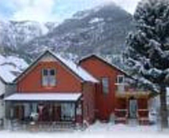Christmas House B&B Inn Thumbnail
