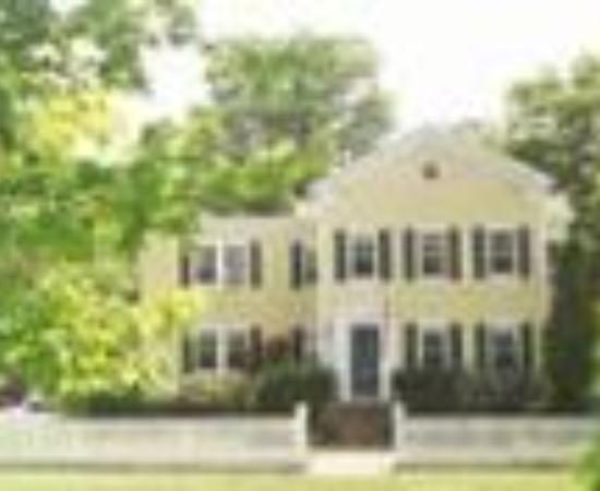 A Butler's Manor照片