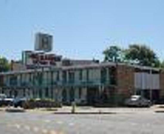 Highlander Motel Thumbnail