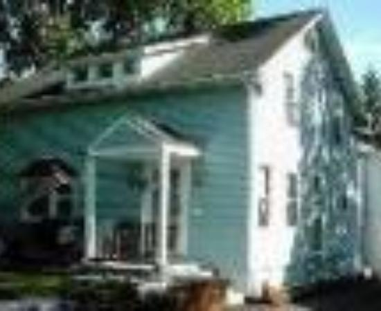 The Blue Angel Bed and Breakfast Thumbnail