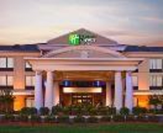 Holiday Inn Express & Suites Tupelo Thumbnail