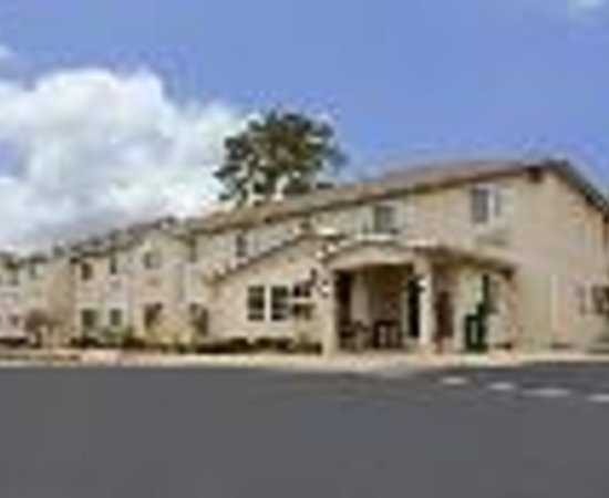 Americas Best Value Inn and Suites Thumbnail
