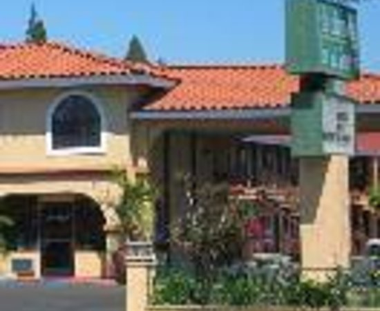 Anaheim Hacienda Inn & Suites Disneyland 사진