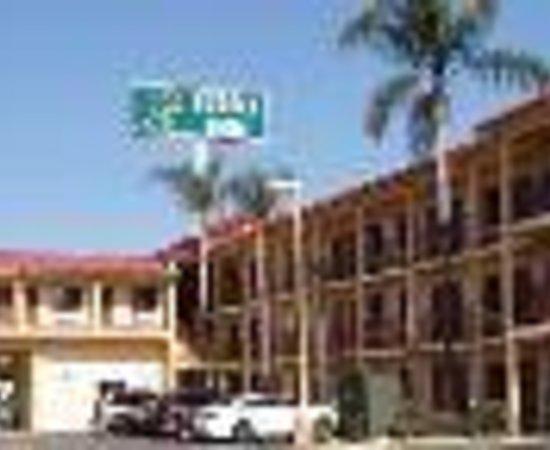 Photo of Budget Inn of Bellflower