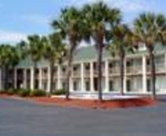 Motel 6 Pawleys Island : Signature Boutique Pawleys Island Thumbnail