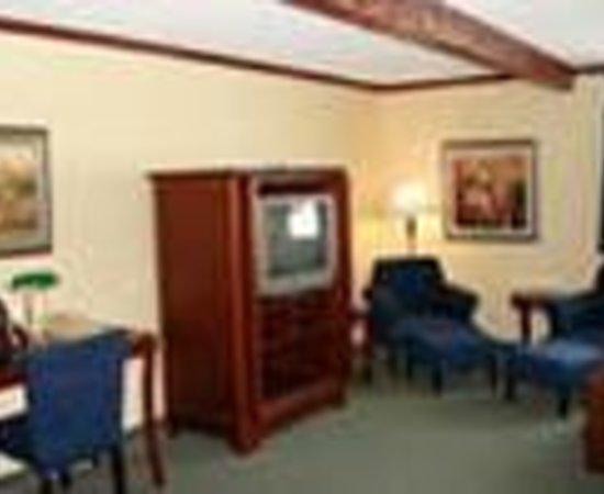 Red Roof Inn & Suites Muskegon Heights Thumbnail