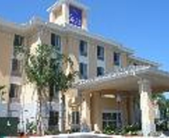Sleep Inn & Suites - Jacksonville Thumbnail