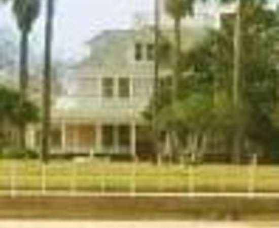 The Peaceful Pelican Bed & Breakfast Thumbnail