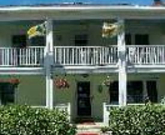 Beacon House Inn Bed & Breakfast: Beacon House Inn Bed and Breakfast Thumbnail