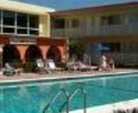 Knights Inn Hallandale: Mar Bay Hotel Thumbnail