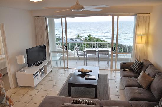 La Mer Beachfront Apartments: lounge from the stairs