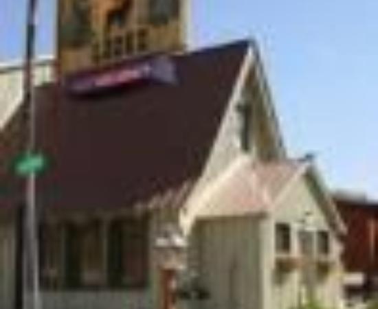 Cooke City, MT: Elk Horn Lodge Thumbnail