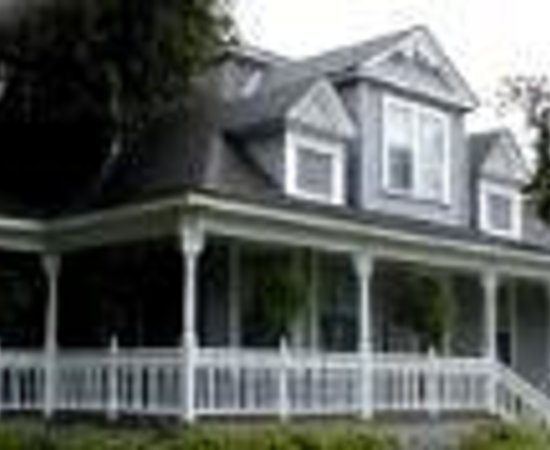 Violet Hill Bed and Breakfast Thumbnail