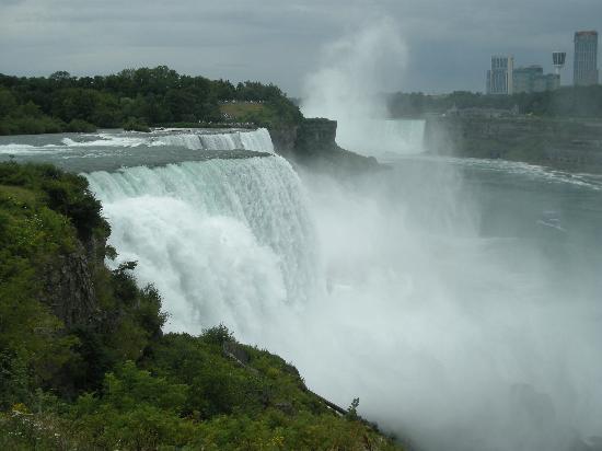 Air Terjun Niagara, Kanada: Niagara Falls