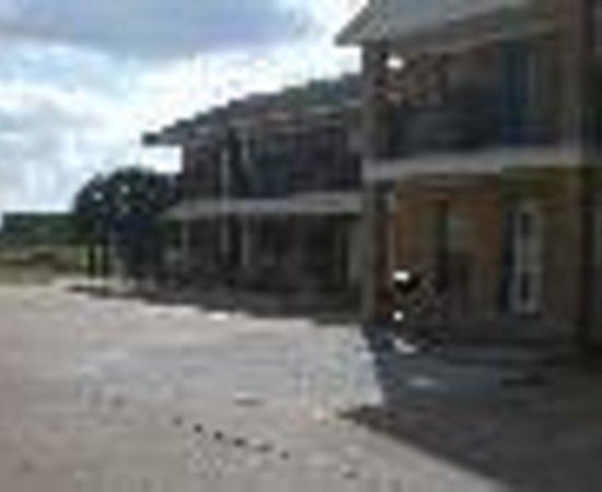 Photo of Somerville Inn & Suites