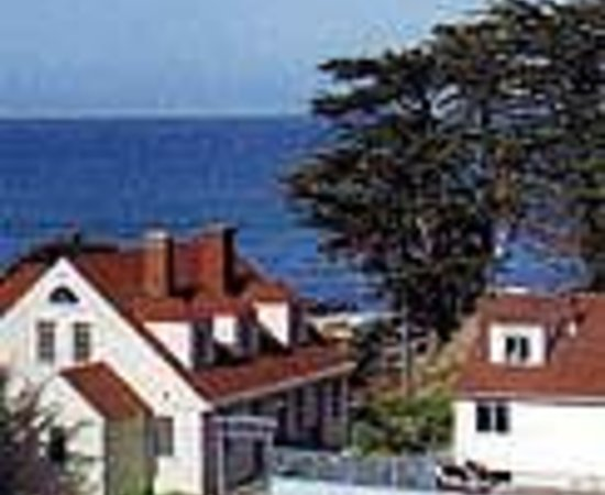 Coast Guard House Historic Inn Thumbnail